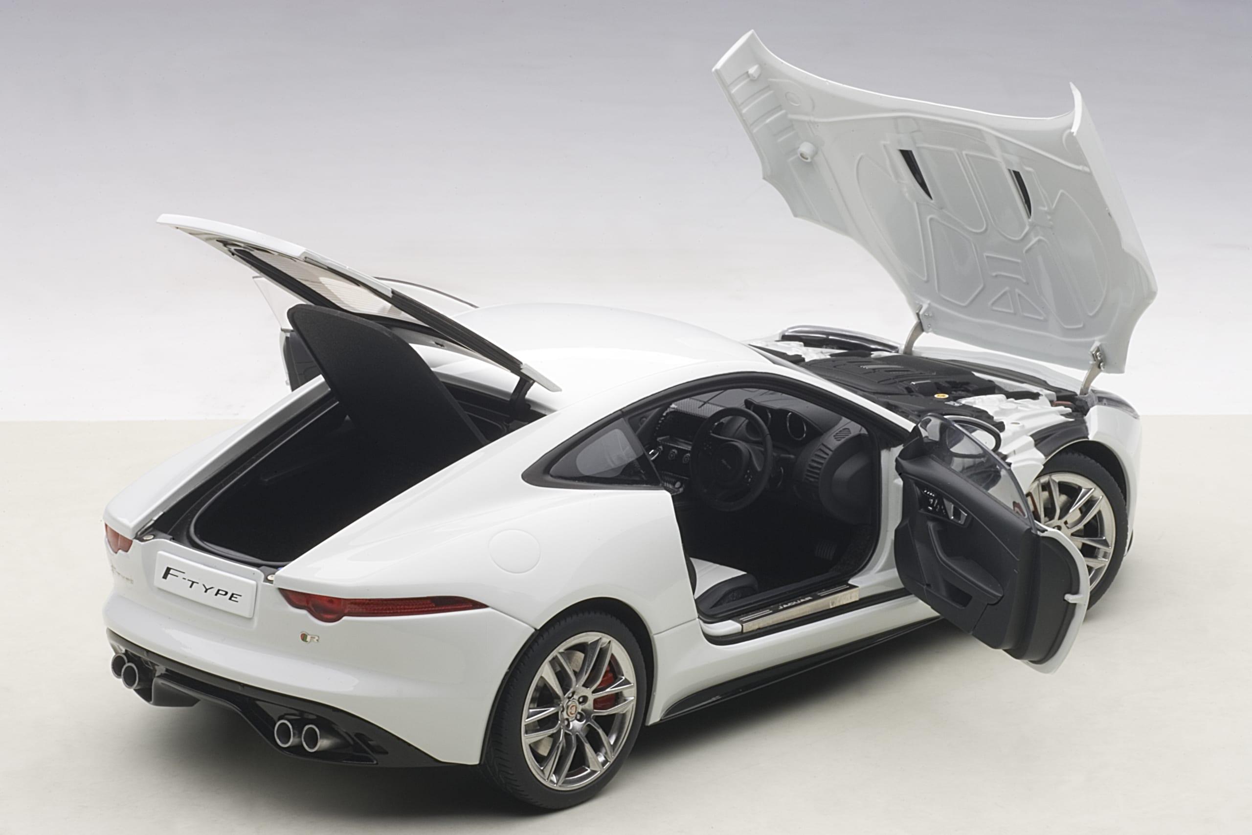 2015 Neu Autoart 73651-1//18 Jaguar F-Type R Coupe - Polaris White